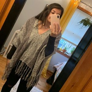 Charlotte Russe Grey Poncho with Frills 🤩